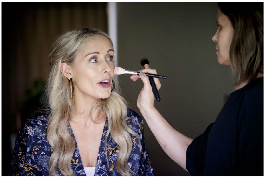 Aussie bride gets ready for wedding , Northridge Countryy Estate