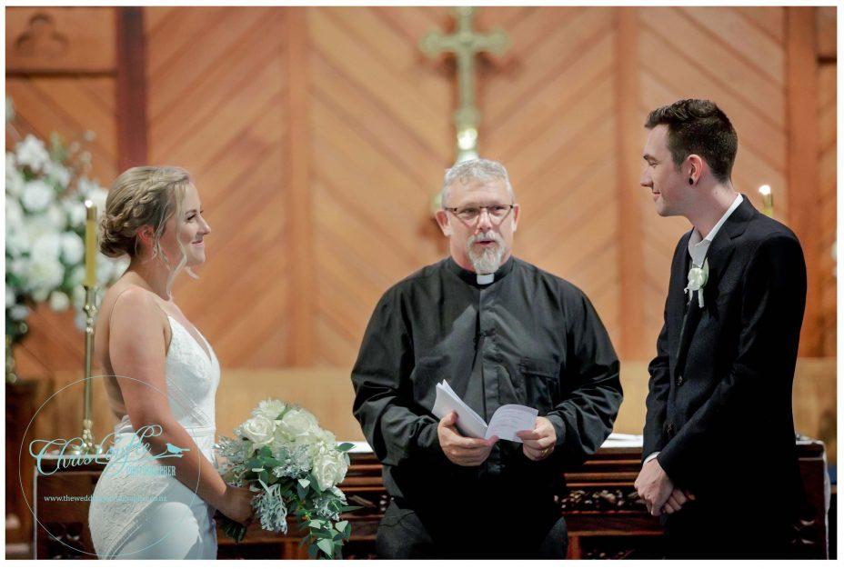 Bride and groom make their wedding vows, St Aiden's Church, Remuera, Wedding