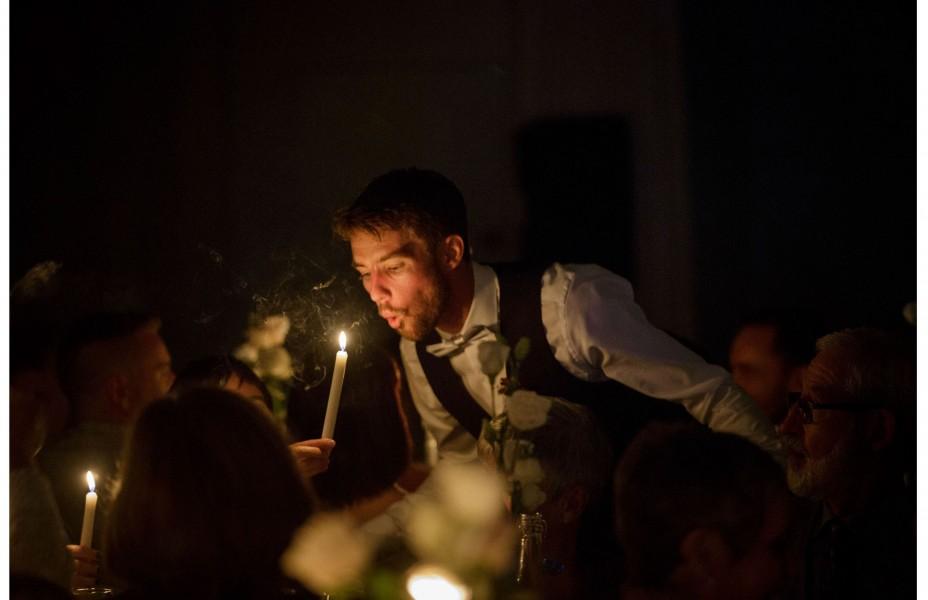 wedding photograph by Auckland wedding photographer Chris Loufte www.theweddingphotographer.co.nz cornwall park auckland