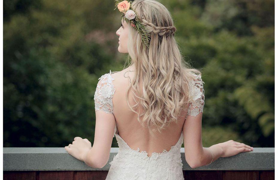 Bride portrait wedding photo by Auckland wedding photographer Chris Loufte