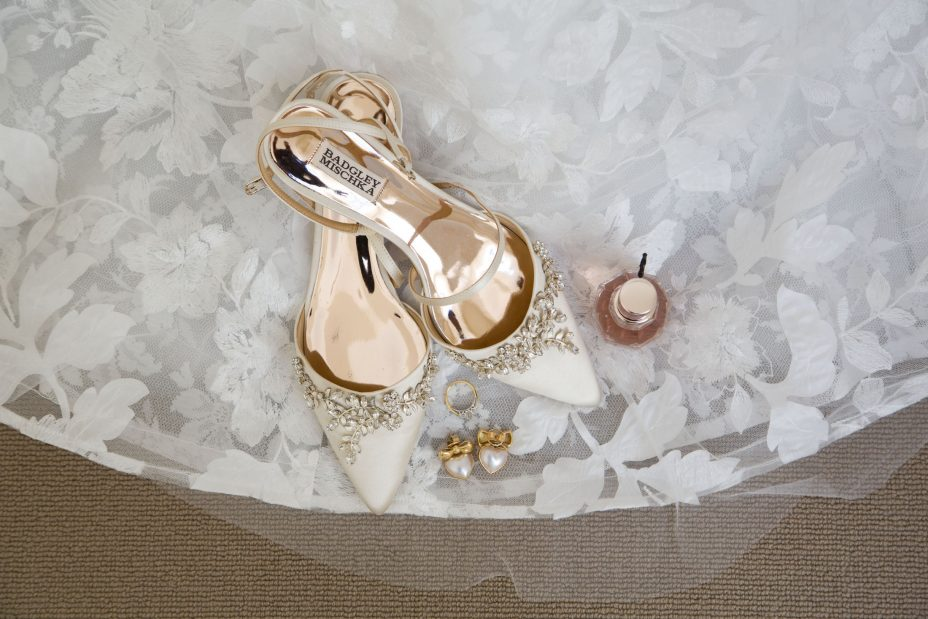 Wedding shoes with gold sole